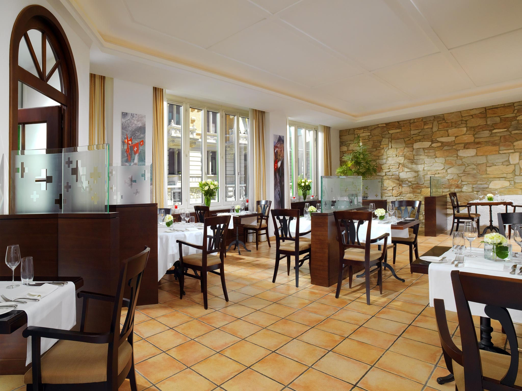 Restaurant le jardin suisse sheraton z rich neues for Restaurant le jardin mazargues